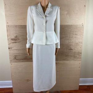 Le Suit 2 Piece Skirt Set